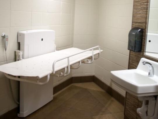 Pressalit Care 1000 in Public Restroom